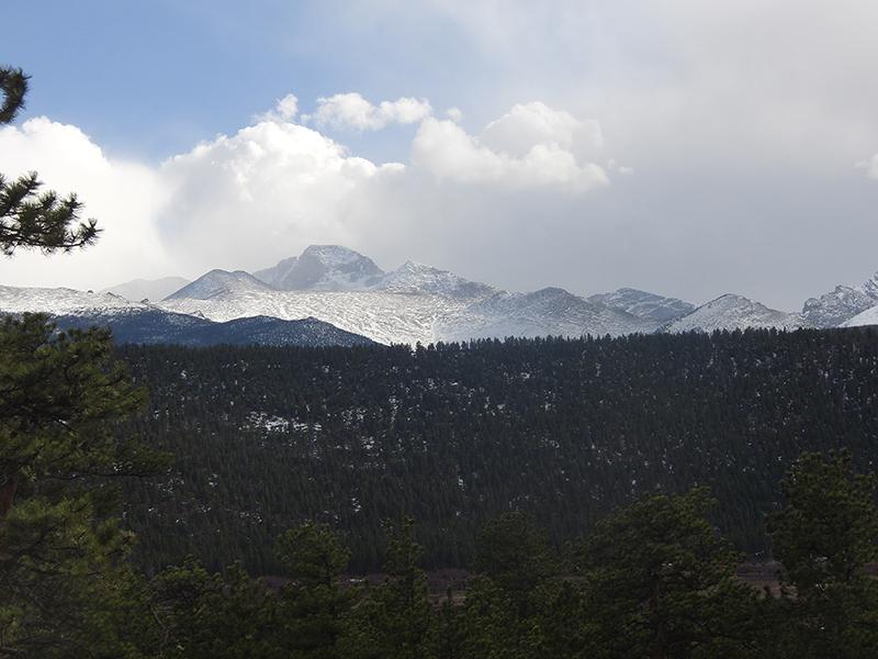 Blick vom Campingplatz in die Berge